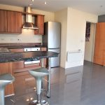 15 Victoria Road Glasgow South Side G42 7AB Kitchen v2