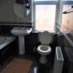 70 High Street Rutherglen Glasgow South Lanarkshire G73 1JY Bathroom v1