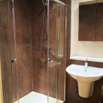 174 Queens Drive South Side Glasgow G42 8QZ Bathroom v3