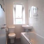 59 Govanhill Street South Side Glasgow G42 7HJ Bathroom