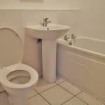 3 Sandbank Drive West End Glasgow G20 0DA Bathroom