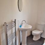 375 Calder Street South Side Glasgow G42 7NU Bathroom v2