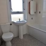 10 County Avenue Cambuslang Glasgow G72 7DJ Bathroom