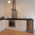 58 Torrisdale Street South Side Glasgow G42 8PJ Kitchen v2