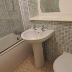 1 Dalveen Street Glasgow Lanarkshire G32 7DS Bathroom
