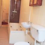 55 Wilton Street West End Glasgow G20 6RP Bathroom