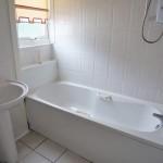 312 Kingsbridge Drive Kings Park Glasgow G73 2BN Bathroom