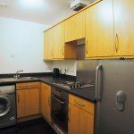 15 Tullis Street Glasgow G40 1HW Kitchen