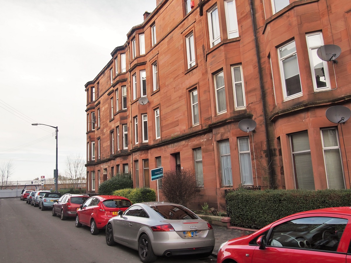 60 Bolton Drive South Side Glasgow Lanarkshire G42 9DR