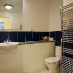 100 Holm Street City Centre Glasgow G2 6SY Bathroom v2