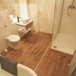 125 Ledard Road South Side Glasgow G42 9QZ Bathroom v3