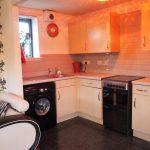 4 Moore Street Glasgow G40 2AD Kitchen