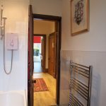 6 Niddrie Square Queens Park Glasgow G42 8QE Bathroom v2