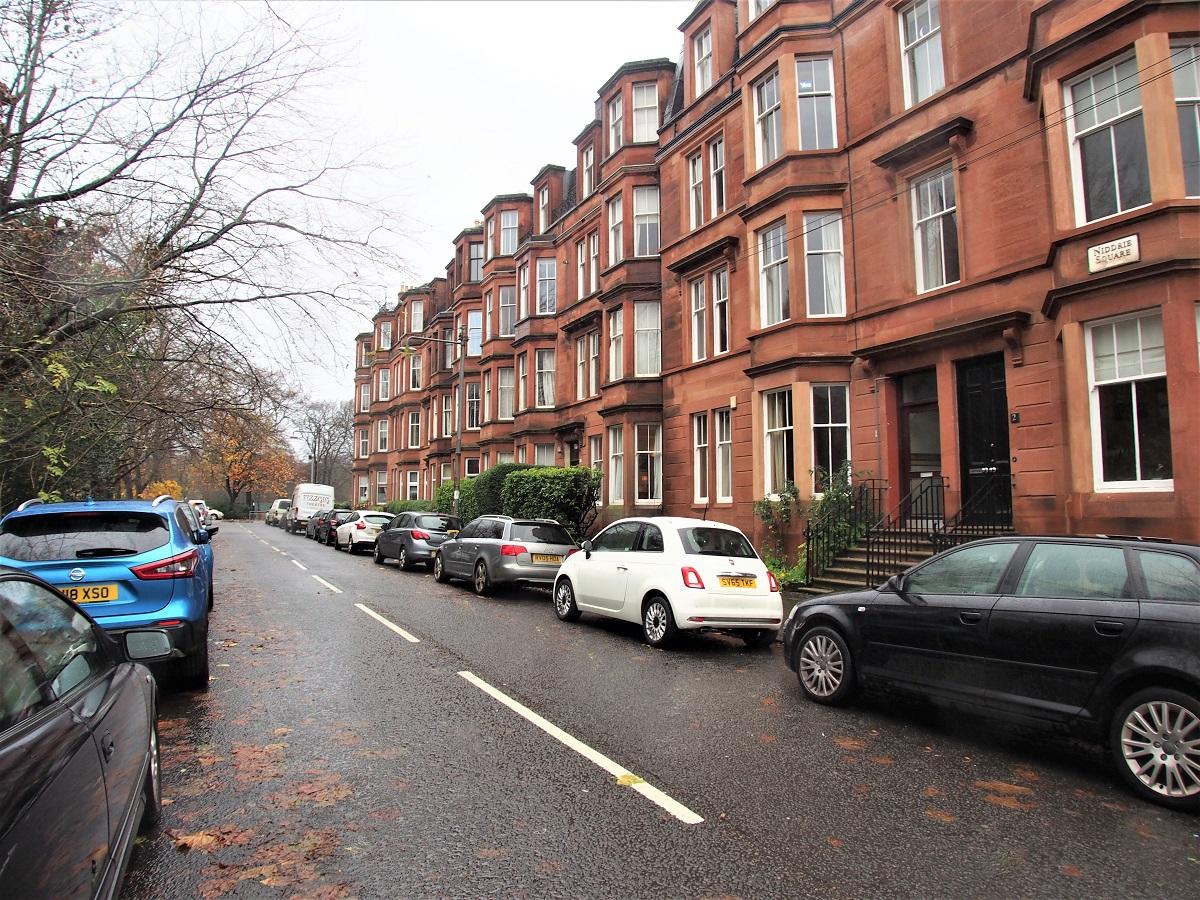 6 Niddrie Square Queens Park Glasgow G42 8QE