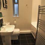 92 Dundrennan Road Battlefield Glasgow G42 9SG Bathroom v1