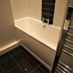 92 Dundrennan Road Battlefield Glasgow G42 9SG Bathroom v2