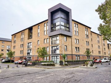34 Minerva Way Flat 2 West End Glasgow G3 8GD