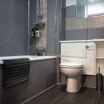 34 Minerva Way West End Glasgow Lanarkshire G3 8GD Main Bathroom