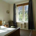 17 Cranworth Street Hillhead Glasgow G12 8BZ Bedroom 2