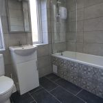 91 Rylees Crescent Penilee Glasgow G52 4BZ Bathroom