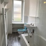 139 Finlay Drive Glasgow G31 2SE Bathroom