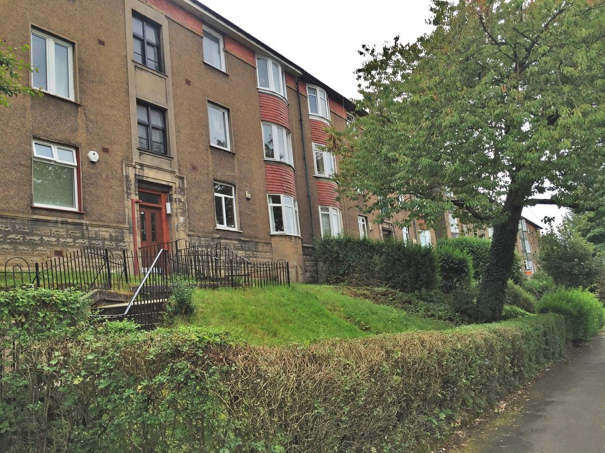 11 Dorchester Avenue Glasgow G12 0EG